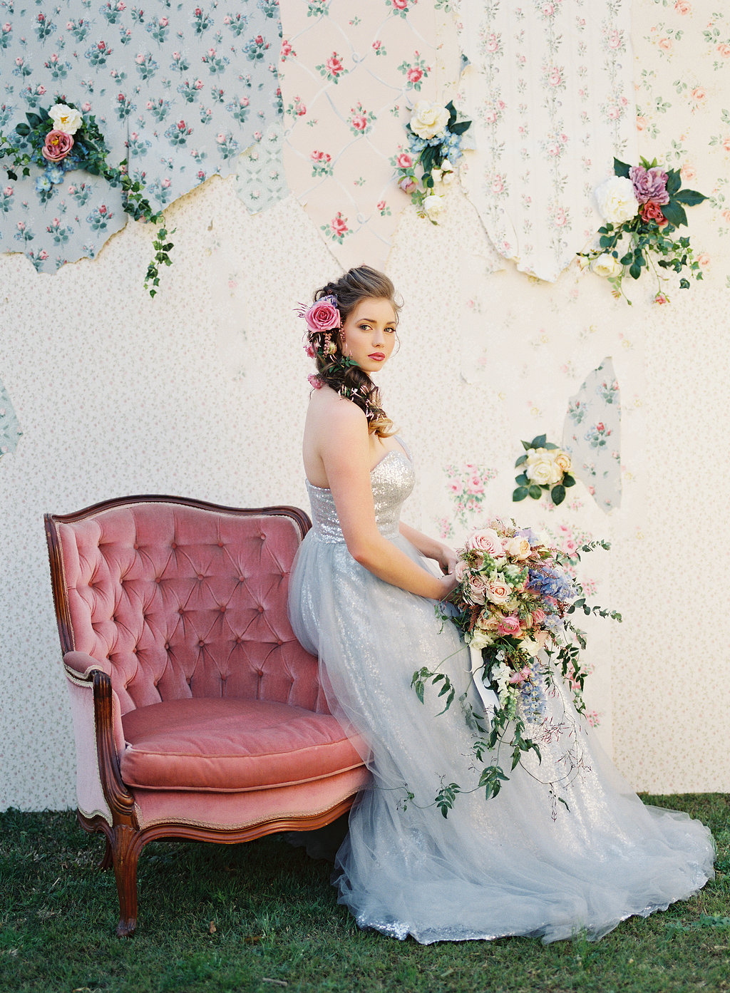 Vintage Wallpaper Backdrop for Tea & Niceties {Photography by Casey Jane Photography}